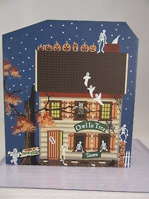 Cats Meow Village Limited Edition HALLOWEEN 2001 - Owl In Tree Tavern