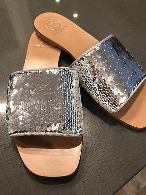 fe0ddd3ce NEW TORY BURCH CARTER SLIDE REVERSIBLE SEQUIN SILVER WHITE 6 Or 5.5 SANDALS