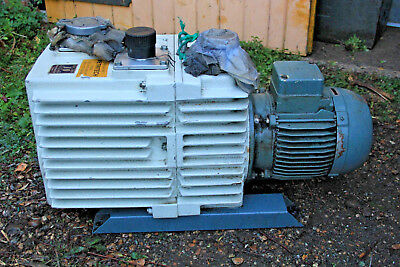 Leybold D30 D30A Trivac Rotary Vane Dual Stage Mechanical Vacuum Pump