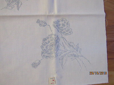 Vintage NOS Textured Cotton Table Runner to Embroider Flowers Poppies 42x17""
