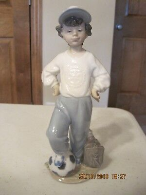 "Lladro  ""Starting Forward""  #7605  A Rotary Club Special No Box  Retired."