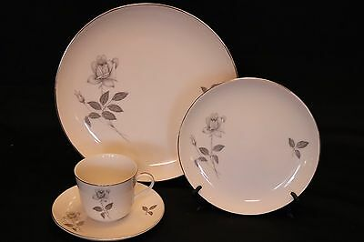 4 Piece Place Setting for QUEENS ROYAL SHADOW ROSE/Platinum Fine China Japan