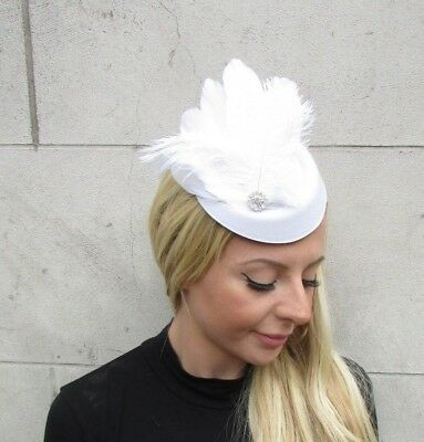 White Silver Diamante Feather Hat Hair Clip Fascinator Races Wedding Vtg 6421