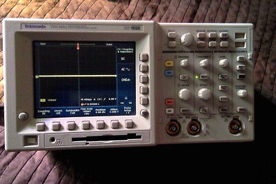 Tektronix TDS3052 oscilloscope - only used 44 hours