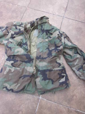 3ca2c6e2888a2 Vtg US Army Military M-65 Camouflage Camo Field Jacket Coat Distressed  Medium