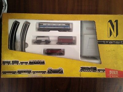 PIKO N scale  Set with BR 118 Diesel locomotive + 3 wagons