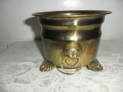 """Vintage Footed Solid Brass Planter With Lions Head Handles 5.5"""" Round X 4"""" Tall"""