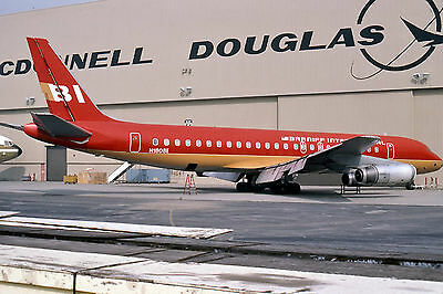 "Braniff Airways Douglas DC-8 ((8.5""x11"")) Print"