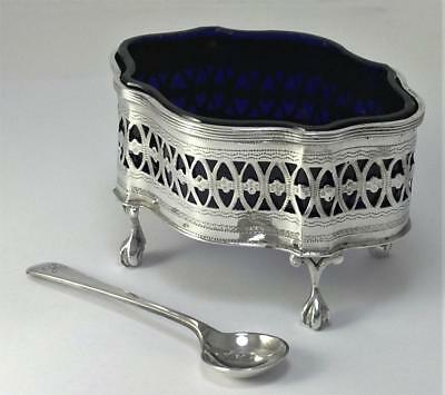 Victorian hallmarked Sterling Silver Salt Cellar/Dish & Glass Liner – 1896