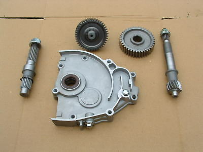 Daelim Besbi 125 Rear Axle Shafts + Cover Good Condition