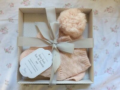 New Pottery Barn Kids Baby Luxe Knit Hat and Bootie Set Lt Pink 3-6 m Gift Box