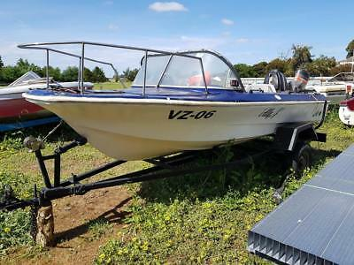 project boat 14 ft as is be great for summer new trailer 60hp merc oil injec