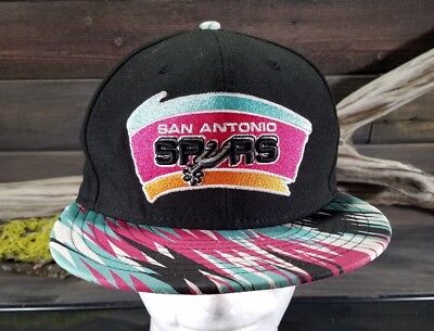 486a63223e0 San Antonio Spurs Adjustable Snapback Cap Hardwood Classics 9Fifty New Era  VTG