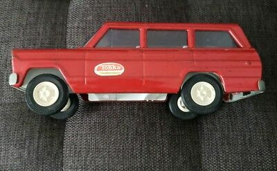 Vintage Tonka Red Jeep Wagoneer 1960's Pressed Metal Toy Car Truck  Rare Nice