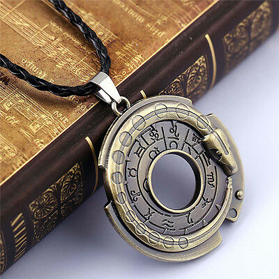 Retro Unisex Metal Jewelry Amulet Pendant Necklace Lucky Protective Talisman RS