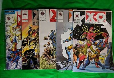 Valiant X-O Man-O-War lot of 14 huge valiant lot