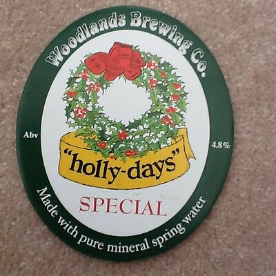 BEER PUMP CLIP -  WOODLANDS BREWING Co.HOLLY DAYS SPECIAL