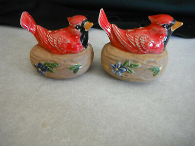 Vintage Red Bird CARDINAL on Nest Salt & Pepper Shaker Set