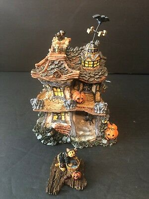 Boyd's Bearly Built Villages - Punky Boobear's Haunted House #19012 - Mib - Z119