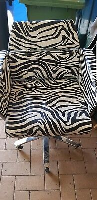 Comfortel Hairdressing Chairs