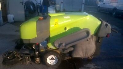 Applied Sweepers Green Machine 414 Pedestrian sweeper