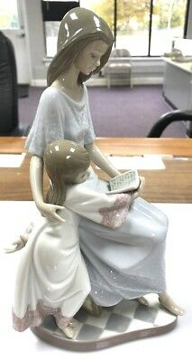 Vintage Lladro Mother Daughter Reading Book Figurine #5457 Hand Made In Spain