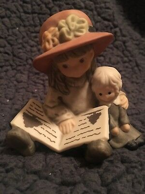 """Kim Anderson Pretty As A Picture Figurine """"Sharing Our Stories"""""""