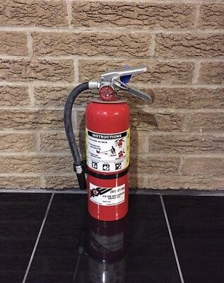 Refurbished 5lb ABC FIRE EXTINGUISHER NEW Bracket & CERT TAG (Nice)
