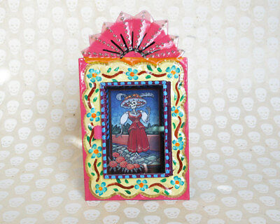 LA CATRINA in Garden - Mexican Day of Dead Decor - Tin Nicho Wall Art