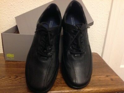 Pair of new black mens leather Hotter shoes with box size 8