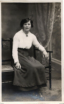 Young Woman, studio photo postcard by Hunt & Co., Newark, unposted