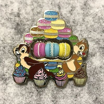 Hkdl Hong Kong disney disneyland pin Macaroon Macaroni chip and dale cnd HTF