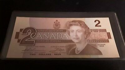 2 Dollars 1986 CANADA UNC NOTE (Sign: Thiessen-Crow) - Very Collectible