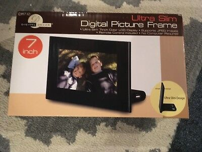 Digital Decor Ultra Slim Digital Picture Frame 7in Lcd Screen Dpf710