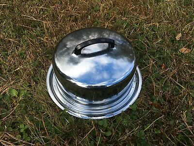 Cake Plate with Dome Lid Made in USA Vintage The Everedy Company