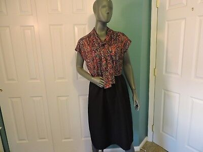 Women's Vintage 70S Below The Knee Sleeveless Paisley And Black Dress Bust 40
