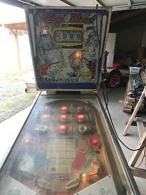 Gottlieb Egghead Pinball Machine Needs Work.Does light up.