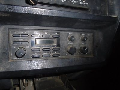 Audio Equipment Am-Fm Fits 90-91 Bronco 117886