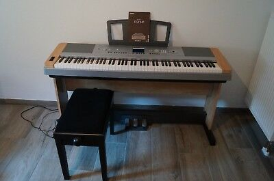 YAMAHA DGX-640 Portable Grand TOP ZUSTAND!!!