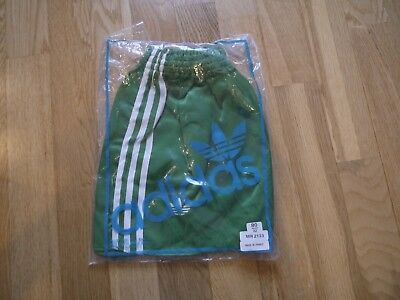 Vintage Green ADIDAS 1980s Shiny Nylon Shorts Made In France 80/32 In Bag Glanz