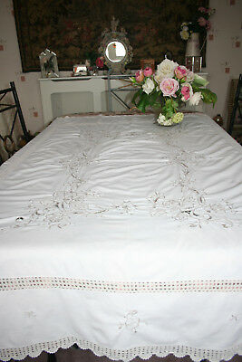 """Gorgeous Antique/Vintage Large 66""""x50"""" Maderia Style Tablecloth."""