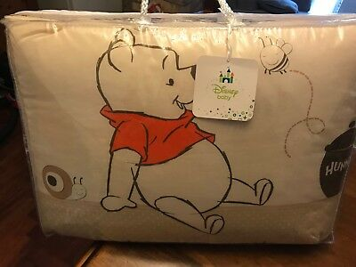 Winnie The Pooh Neutral Cot / Cotbed Bedding Set - Quilt & Bumper