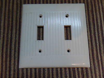 Vtg Sierra McDonald Bakelite Ivory Ribbed Double Light Switch Cover Plate
