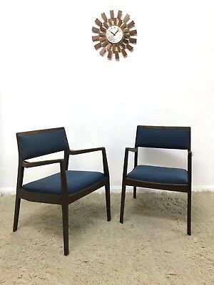 60s Rare Mid Century Modern pair of Jens Risom C140 Playboy Chairs Armchairs