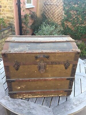 Early 20th Century Travel Chest Trunk