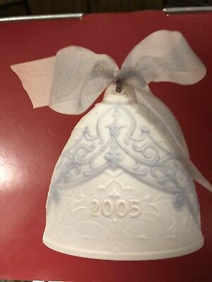 Lladro 2005 Annual Christmas Bell Ornament  Box