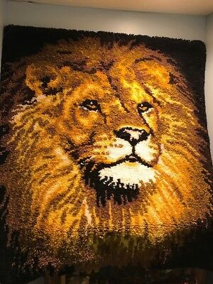 Lion rug wall hanging 4 t by 4 ft