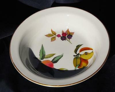 "Royal Worcester, Evesham  Bowl  8 1/2"" Across  Dated 1961"