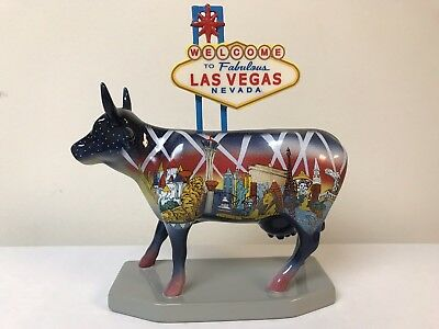 Mint Condition 2005 Cow Parade #7326 Welcome to Fabulous Las Vegas Cow Figurine
