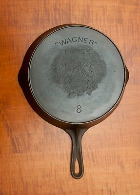 "Antique ""wagner"" Sidney O Cast Iron #. 8 Skillet With Heat Ring Circa: 1898-1915"